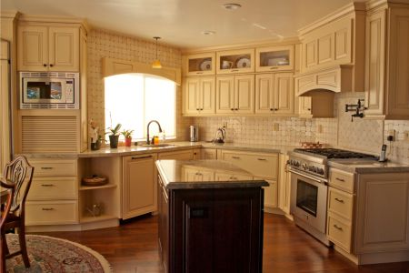 wright-residence-kitchen-1